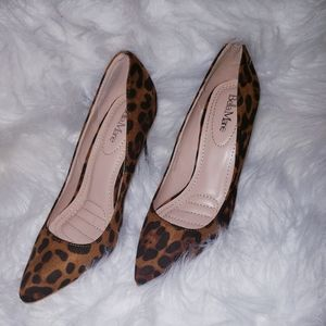 NEW Leopard printed pump
